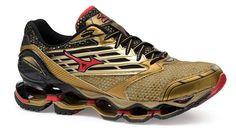 Tênis Mizuno Wave Prophecy 5 Golden Runners - Dourado - ShoeFit | Loja Online de Tênis e Moda