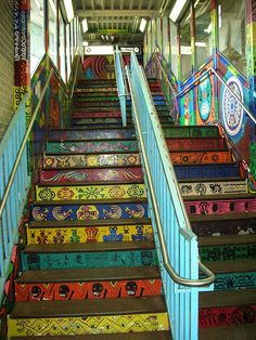 Beautiful stairs and steps: Pilsen, Chicago subway stairs Illinois Chicago Travel, Chicago City, Chicago Illinois, Beautiful Stairs, Staircase Design, Staircase Ideas, Staircase Makeover, Stair Decor, Public