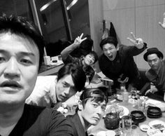 What A Drinking Party That Consists of Korea's Top Male Stars Looks Like.  #whatadrinking #koreantopmalestar #hallyuking #jangdongkown #hyunbin #chataehyun #joojinmo #hawngjungmin #kpopnews #kpopalbum #kpopmap