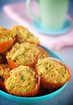 These look awesome!  Need to substitute the almond flour... and almond milk.  Joys of food allergies.