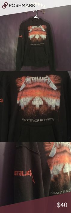 Metallica Hoodie Seen on many celebrities. Very in style right now. This is an Xs but it's gigantic on me. H&M Tops Sweatshirts & Hoodies