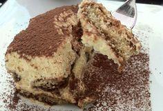 Il tiramisù è un dolce della tradizione trevigiana, ma nella versione con i pistoccus de caffè è imperdibile.Tiramisù.