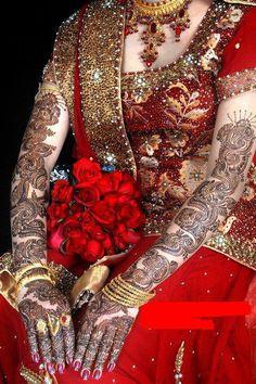excess of everything is bad Weeding Makeup, Bridal Makeup, Henna Mehndi, Henna Art, Punjabi Couple, Creative Wedding Ideas, Makeup Studio, Bridal Henna, Mehndi Designs