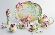 Image detail for -Franz Porcelain Windswept Beauty Iris Collection including tea cup and . Tea Cup Saucer, Tea Cups, Tea Pot Set, Teapots And Cups, My Cup Of Tea, Tea Service, Chocolate Pots, Coffee Set, Decoration