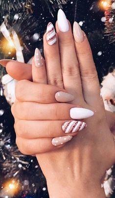 Christmas Gel Nails, Holiday Nails, Christmas Makeup, Easy Christmas Nail Art, Seasonal Nails, Nagellack Design, Fall Acrylic Nails, Pointy Acrylic Nails, Halloween Acrylic Nails
