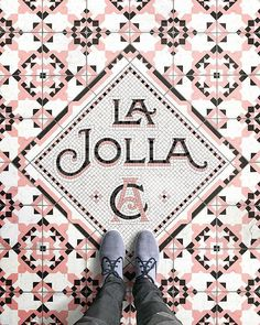 I'm finally en route to Southern California and my first stop is La Jolla later today! I can't wait! I was inspired by all the patterned encaustic and cement tiles I saw the last time I was in the area, so I thought I'd try something a little different for this fauxsaic   ---  Shoes by @maians  Prints via link in bio ---  #sandiego #lajolla