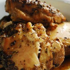Crock Pot Beer Chicken.  3 PointsPlus 2lbs skinless, boneless chicken breasts 1 bottle or can of your favorite beer 1 tsp salt 1 tsp garlic powder 1 tbsp dried oregano 1/2 tsp black pepper Crock Pot 6-7hrs