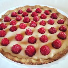 Vanilje & Bringebær terte! Pie, Food, Torte, Cake, Fruit Cakes, Essen, Pies, Meals, Yemek
