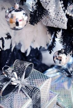 Best 2013 Christmas Silver Decor Ideas, Christmas Silver Ball Ornaments, Glitter Christmas Decorations