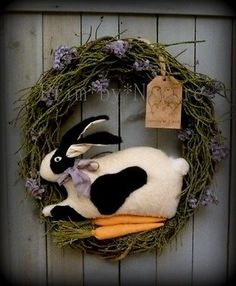Primitive-Spring-Easter-Wreath-with-Black-White-Bunny-Rabbit-and-Carrots