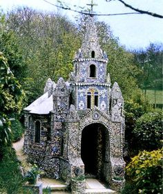 Frère Deodat, The little chapel in Guernsey Said to be the smallest in the world, it is about nine feet long by six feet wide.