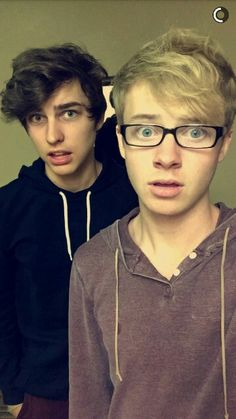 Colby and Sam ❤ Colby Brock, Sam And Colby, Trap, Vs The World, Vlog Squad, Emo Boys, Man Crush, Cute Guys, Future Husband
