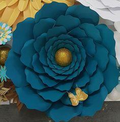 SALE Small Wavy Rose 38 DIY Template Digital Download PDF | Etsy Crepe Paper Flowers Tutorial, Crepe Paper Roses, Paper Flowers Craft, Large Paper Flowers, Flower Crafts, Diy Paper, Paper Crafts, Diy Crafts, Paper Bouquet