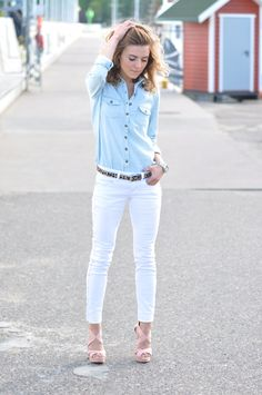 Jeans shirt with neutral details. Love this look. Wish I could find a pair of white skinny jeans that actually fit me right.