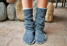 She Takes Scissors To Her Old Sweater And Turns It Into A Perfect Piece Of Cozy Winter Footwear [STORY] | facebook