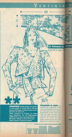 Chemise en dentelle dont l'allure et la manche son montrée ici et le corps quelques images plus haut
