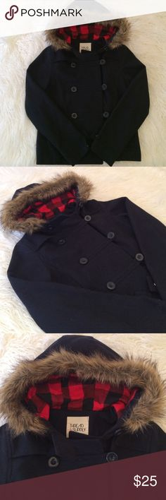 Small Navy Blue Coat with Faux Fur Trim+Plaid Size Small navy blue coat with faux fur trim and black and red lining on hood. I bought this from Modcloth and it does not fit me anymore but I wore it a total of 4 times. Thread & Supply is the brand. With real pockets. Material: 10% Wool, 90% Polyester. Warm and cozy. Perfect for fall. Thread Supply Jackets & Coats Pea Coats