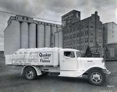 Quaker Corn Flakes Truck | Photograph | Wisconsin Historical Society