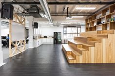 Collaborative space at Cardless' London offices