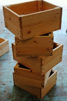Make your own crates. I know, so simple, but I doubt I would have thought of this myself. Great idea for when we finally get a place with land, and I can participate from the other side of the farmer's market.