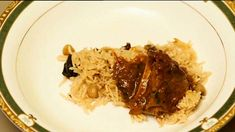 Kashmiri-style rich lamb curry recipe : SBS Food Lamb Recipes, Curry Recipes, Meat Recipes, Slow Cooker Recipes, Indian Food Recipes, Asian Recipes, Gourmet Recipes, Cooking Recipes, Recipies