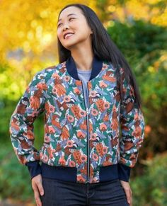 The Causeway is a bomber jacket that can be made using a variety of fabrics from lightweight nylon to mid-weight embroidered cotton, so you can select one that matches your personal style. The timeless, casual bomber style is traditionally a short jacket with a ribbed collar and waistband as well as matching cuffs. The optional invisibly zipped pockets are also embedded in the princess seams for a streamlined look. And you have the option to make the jacket reversible! Itch to Stitch…