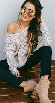summer outfits Grey One Shoulder Knit + Black Skinny Jeans
