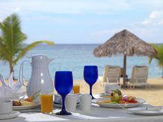 Enjoy breakfast directly overlooking the beach from the privacy of your verandah at Jamaica Inn.