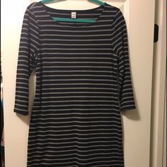 """Navy Striped Shift Dress Navy & heater gray striped dress with 3/4"""" sleeves. Great condition. 56% cotton, 37% polyester, 7% spandex. Seam down the back. Pullover...no zipper. Old Navy Dresses"""