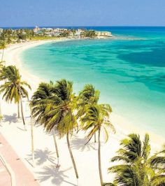San Andres, Colombia - Find out why we love Colombia:Dream destinations, Surreal Places To Visit South America Destinations, South America Travel, Dream Vacations, Vacation Spots, Travel Around The World, Around The Worlds, Places To Travel, Oh The Places You'll Go, Colombia Travel