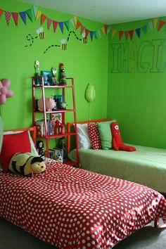 Gai, amusement, vert et rouge, chambre d'enfant