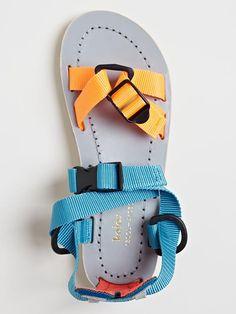 // Kolor Women's Geowebb Strap Sandals