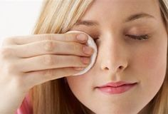 Makeup Remover Tips without Irritated Skin - http://hathybeauty.com/makeup-remover-tips-without-irritated-skin/