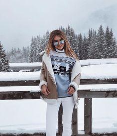 Winter uploaded by C on We Heart It Winter Girl, Winter Love, Winter Snow, Autumn Winter Fashion, Winter Photography, Photography Poses, Snow Pictures, Snow Outfit, Winter Pictures