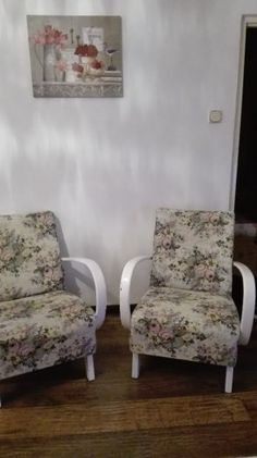 Kreslá od Halabalu - 1 Accent Chairs, Furniture, Home Decor, Upholstered Chairs, Decoration Home, Room Decor, Home Furnishings, Home Interior Design, Home Decoration