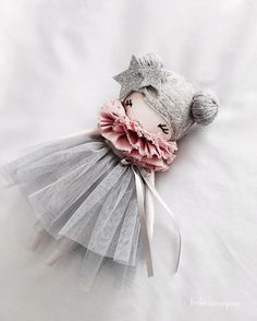 I am just a little bit blown away by you guys. It is very hard to put into words how it feels to put something personal out there, because doll making is very personal to me in the sense that it provided a safe place and recovery after my Mum passed away a few short years ago. It helps me channel and contain my life long dance with anxiety, l am so so lucky to have this avenue that is medicine for my soul. Thank you for seeing the worth in my work. But now to get away from the heavy, l will…