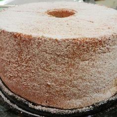 Portuguese Sponge Cake (Pao De Lo)