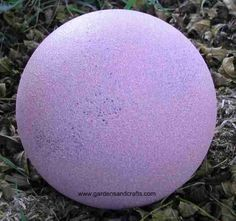 How to paint bowling balls properly and turn them into garden art