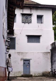 Paradesi synagogue clock tower Jew town Cochin Kerala India