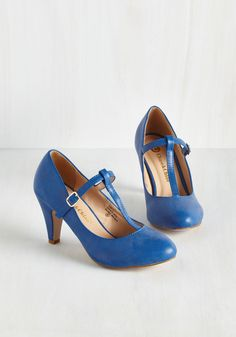 From A to Chic Heel in Cerulean. With these sweet blue T-straps in your shoe collection, your basics are always covered with boldness and brightness. #blue #modcloth