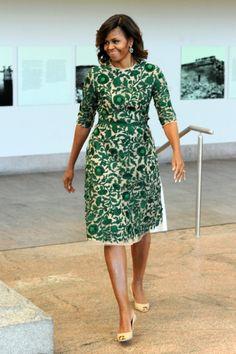 Parker, Beckham, Olsen i Obama na jednej imprezie! African Print Dresses, African Print Fashion, African Fashion Dresses, African Dress, Michelle Obama Fashion, Barack And Michelle, African Attire, African Wear, Vestido Lady Like