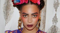 Queen Bey posted several shots to her Instagram from her October visit to the Frida exhibit.
