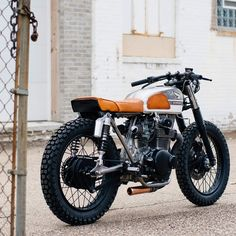 Our first build, @croig.co 001 Honda CB350 by @cb_builds is at the @handbuiltshow. Photo by @spacecrafting_photography. More to come. We're excited to see these killer builds. We'll be taking photos so look out for our blog post. Stop by if you're in town! #croig #caferacersofinstagram #caferacer by caferacersofinstagram http://ift.tt/1xevTUq