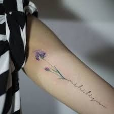 What does iris tattoo mean? We have iris tattoo ideas, designs, symbolism and we explain the meaning behind the tattoo. Feather Tattoos, Body Art Tattoos, New Tattoos, Tattoos For Guys, Tattoos For Women, Cool Tattoos, Turtle Tattoos, Tatoos, Hamsa Tattoo