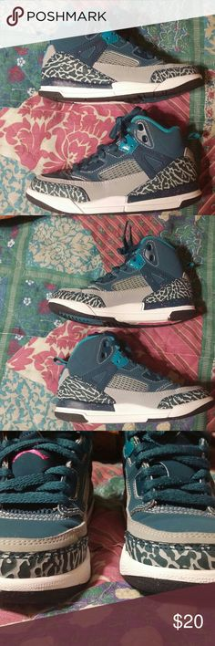 Jordan Spizike. - Space Blue/Fusion Pink/Wolf Grey Great Condition Jordan Shoes Sneakers