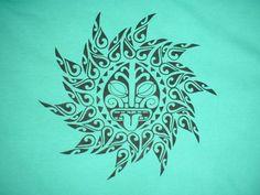 sun design | Polynesian Sun Design (Black on green) Men's T'Shirt