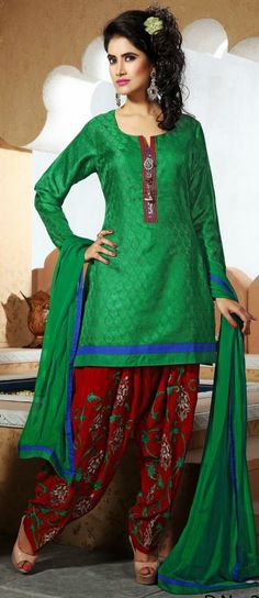 USD 137.08 Green Embroidered Silk Punjabi Salwar Suit 28773
