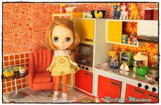 Retro Blythe - I want her kitchen!