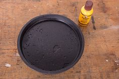 Make a Minimalist Round Black Concrete Tray