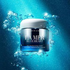 La Mer_Blue Heart cosmetic photography from La Mer's FB: